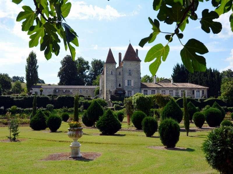 image de Promenade nocturne dans les jardins du Château de Malvirade