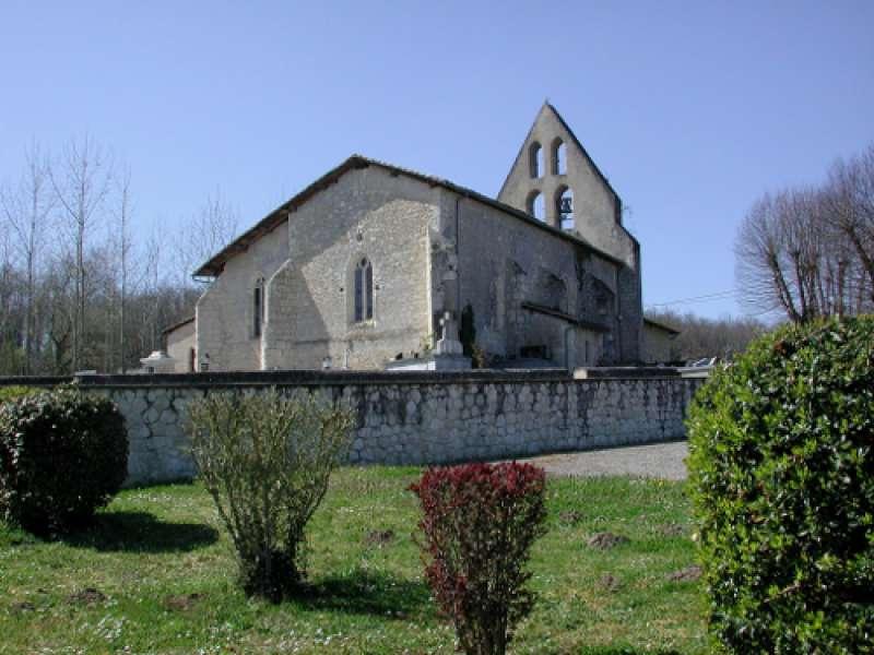 image de Poussignac, une église isolée